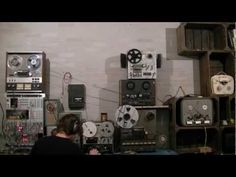 ▶ four tape recorder techniques for minimal techno: looping, delay, reverse delay and saturation - YouTube