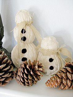 Hometalk :: Funky Junk Christmas , sweater and burlap snowmen