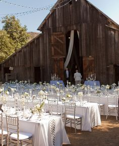 Love this! Gorgeous table settings for  outside wedding reception in front of a rustic barn. A California, Rustic-Ranch Wedding // Photo: Applemoon Photography