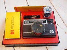 Vintage Kodak Instamatic Camera 76 x Camera Outfit with accesories Retro Flash | eBay Kodak Camera, Film Camera, Old Cameras, Vintage Cameras, Photography Camera, Photography Tips, Instamatic Camera, Remote Sensing, Camera Obscura