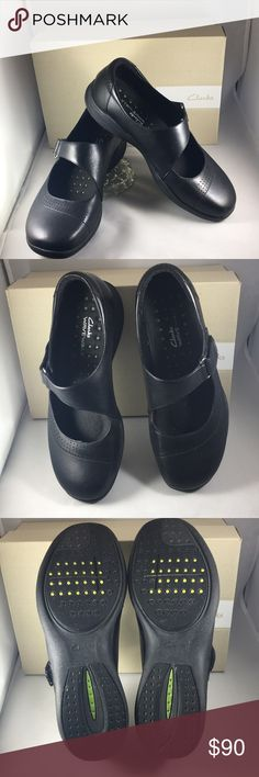 Wave Wish Black leather MaryJanes by CLARKS This is a gently used pair of wave walker shoes by Clark's. Bought November '17.  Worn only 5 times to the store. You will like the comfort and the support. I usually buy a pair each year to take on vacation for touring. I should have ordered the next size up but Clarks were out.  My loss is your gain. Black leather,       size 9,         width medium, Clarks Shoes Athletic Shoes