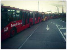 Giovanny Rodriguez compartió con nosotros su fila de TransMilenios.