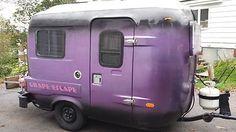 Grape Escape uhaul. purple cars, purple trucks, purple SUV, purple classic cars, purple muscle cars Purple Love, All Things Purple, Shades Of Purple, Purple Stuff, 50 Shades, Pink, Vintage Caravans, Vintage Trailers, Vintage Campers