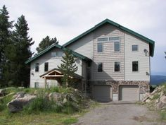 2012-2013 Family Reunion location Idea-The Willow Inn-Island Park, ID (15 mins to W. Yellowstone). 7 Beds,7 baths. $500/noc