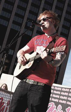 Ed in sunglasses.this is amazing Ed Sheeran Lyrics, Im Falling For You, Cher Lloyd, Teenage Years, News Songs, I Love Him, Fangirl, Celebs, Lego House