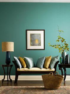 Wandfarbe tischlampe Türkis wandgestaltung couch kissen