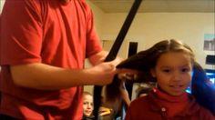 Come fare la coda ai capelli utilizzando un aspirapolvere
