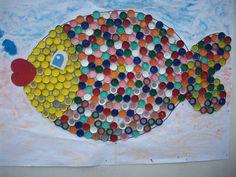 bottle-cap-fish-bulletin-board.jpg (960×720)
