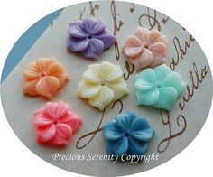 7pcs 17mm Resin Flowers Cabochons in 7 colours by PreciousSerenity