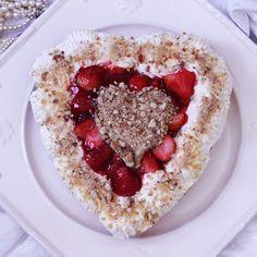 Easy Valentine's Strawberry Caramel Cheesecake