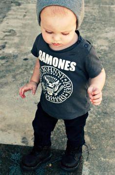 Que lindo esse baby! Confira nossas promoções: www.camisetinhas.com.br