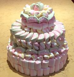 Torta marshmallow!!! 7 Cake, Cupcake Cakes, Chocolate Candy Cake, Marshmallow Cake, Candy Cakes, Candy Bouquet, Candy Shop, Cake Pops, Buffet