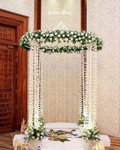 27 Best Trending Ganesh Chaturthi Decoration Ideas for home 2019 Desi Wedding Decor, Wedding Stage Decorations, Engagement Decorations, Backdrop Decorations, Diwali Decorations, Festival Decorations, Flower Decorations, Housewarming Decorations, Background Decoration