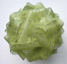 Puzzlelampe aus beflocktem Vlies in lindgrün