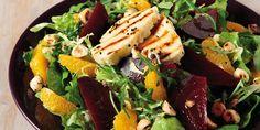 Πράσινη σαλάτα με χαλούμι, παντζάρια και πορτοκάλι Salad Bar, Cobb Salad, Cooking Recipes, Food, Greek, Fitness, Chef Recipes, Essen, Eten