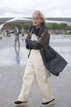 Lucinda Chambers To Depart British Vogue All About Fashion, New Fashion, Fashion Brands, Pool Fashion, Fashion Stores, Petite Fashion, Urban Fashion, Lucinda Chambers, Mode Cool