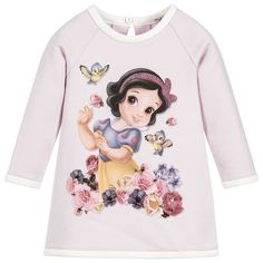 This lilac-pink Monnalisa dress for little girls has a mix of fun, sparkle and comfort. Made from soft cotton jersey with fleece inside girls will feel super cosy, just right for colder days. Disney's Snow White is colourfully printed on the front wearing a pretty pink diamanté hairband.