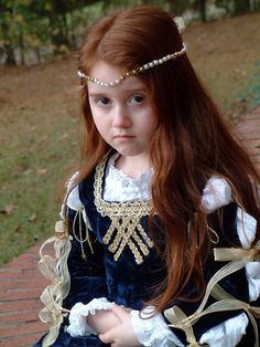 Renaissance Dress Gown-sweet how the sleeves hasbig bows very nice for lil girl