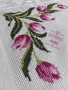 Cross Stitch Bird, Cross Stitch Flowers, Cross Stitch Patterns, Embroidery Needles, Bargello, Textiles, Painting, Hand Towels, Embroidered Towels