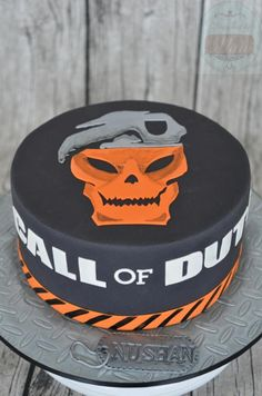 """""""Call of Duty"""" cake by designed by mani"""