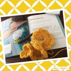 Making a lovely yellow @byclaire rose...I'm so in love with this yarn #haken #hekle #häkeln #haekeln #virka #ganchillo #crochet #crochetaddict #instacrochet #juffrouwstippels #byclaire #roses #diy #handmade #hakeniship #haakgeluk by juffrouw_stippels