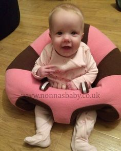 Nancy loves her new Hugaboo Baby Seat! Enjoying her new found freedom - how happy does she look?! Thank you to mummy Joanne for sharing this photo of gorgeous Nancy in her Hugaboo! :-) • Find out more about Hugaboo Baby Seats: https://nonnasbaby.co.uk/hugaboo-baby-seat/