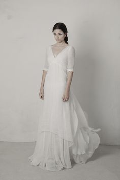 Cortana wedding dresses for women that seek excellence. Designed and crafted in our atelier in Barcelona with the spirit of couture.