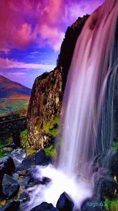 Rivers of Living Water shall flow from Beneath The Throne of Yahweh our… Beautiful Nature Wallpaper, Beautiful Gif, Beautiful Landscapes, Beautiful Pictures, Amazing Gifs, Amazing Nature, Gif Bonito, Magic Places, Waterfall Wallpaper