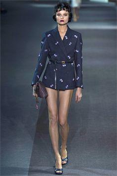 Sfilata Louis Vuitton Paris - Collezioni Autunno Inverno 2013-14 - Vogue