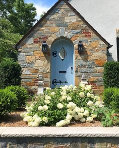 My friend always knows how to create the most beautiful curb appeal. His beautiful home just reminds… Front Door Entrance, Entrance Ways, Entrance Decor, Front Door Decor, Bobo Hydrangea, Hydrangeas, Limelight Hydrangea, Cottage Door, Entry Foyer