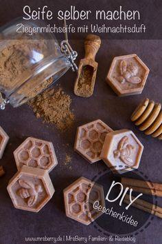 Seife selber machen - Weihnachtsseife mit exotischem Duft Seife selber machen ist gar nicht so schwer wie man meint. Mit den richtigen Zutaten entstehen ruckizucki ganz individuelle und liebevolle Geschenke zu Weihnachten. Mehr dazu im Blog http://mrsberry.de/