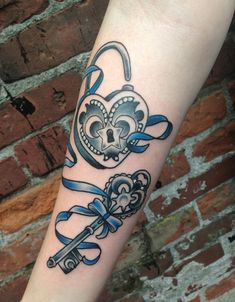 50 Inspiring Lock and Key Tattoos « Cuded – Showcase of Art & Design