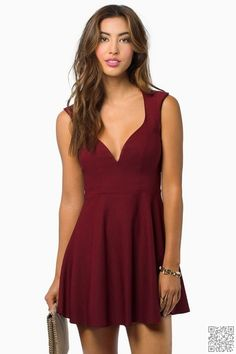 13. #Flirty Skater #Dress - 23 Stunning #Winter Formal #Dresses ... → Teen…