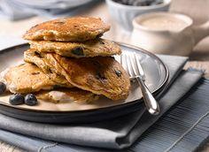 Crêpes aux bleuets et à l'avoine avec garniture de yogourt à l'érable recette | Plaisirs laitiers