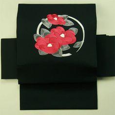 Black shioze, nagoya obi / 黒塩瀬地 刺繍のお太鼓花柄 名古屋帯