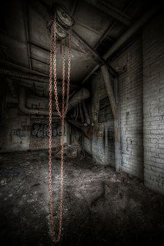 hanging...  #HDR #urbex #arthakker