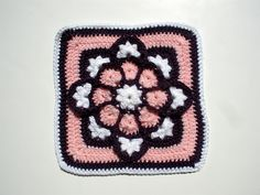 Ravelry: deandrascrafts' JulieAnny's Stained Glass Afghan Square - free crochet pattern for this gorgeous square