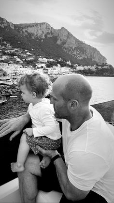Rosie And Jason, Jason Statham And Rosie, Hollywood Actor, Hollywood Actresses, Actors & Actresses, Natalie Domer, Handsome Rob, Popular People, Famous People