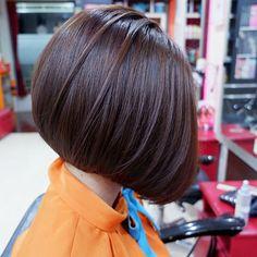Popular Short Haircuts 2018 – 2019 - Love this Hair - Frauen Haar Modelle Blonde Bob Hairstyles, Cute Hairstyles For Short Hair, Girl Short Hair, Short Hair Cuts, Girl Hairstyles, Curly Hair Styles, Hairstyles Videos, Easy Hairstyle, Hairstyles 2018