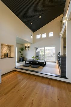 Interior Design Living Room, Japanese Living Rooms, Minimalism Interior, My Ideal Home, House Design, Simple House, House Elements, Interior Design, House Interior
