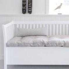 Oliver Furniture Kökssoffa / stor vit slagbänk 194cm - 9995kr