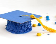 Graduation-Party-The-Sky's-the-Limit-Mini-Pinata