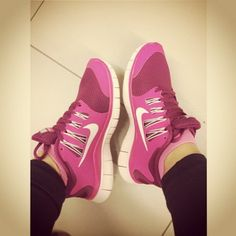 Nike Free Runs for Women Nike Free Runs For Women, Nike Free Run 3, Nike Women, Cheap Womens Nike Shoes, Kate Spade Outlet, Nike Website, Tiffany Blue Nikes, Discount Nike Shoes, Sneaker Stores