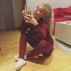 girl, hair, and outfit image Chill Outfits, Dope Outfits, Urban Outfits, Loungewear Set, Fashion Killa, Swagg, Dress To Impress, Lounge Wear, Casual Wear