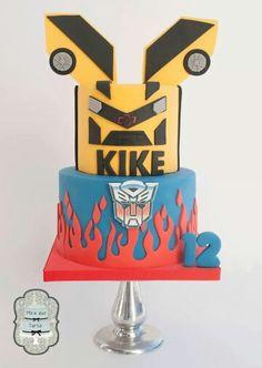 Transformers cake by @miraquetarta