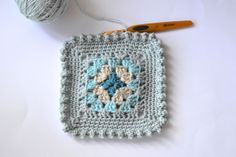 Dover & Madden: Bobble Border Tutorial