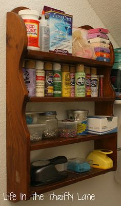 These are great cheap ways to organize a craft room.