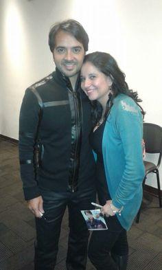 Nuestra Presidenta del Club Monica Sastoque junto a Luis Fonsi
