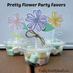 Pretty Flower Party Favors - great for birthdays, wedding favors, bridal showers, and baby showers.  Quick and easy to make!  #papercrafting #favors
