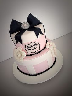 Girly pearls cake #rercakes